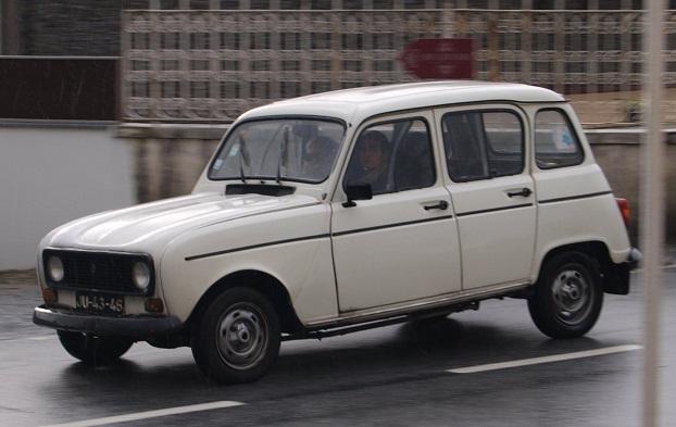 Old Renault Models 37 Car Desktop Background
