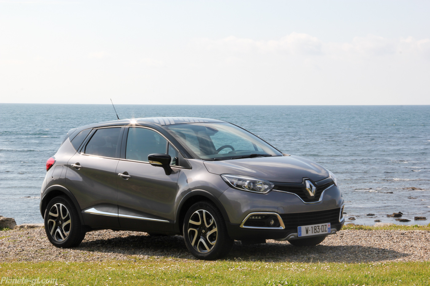 renault captur 28 wide car wallpaper. Black Bedroom Furniture Sets. Home Design Ideas