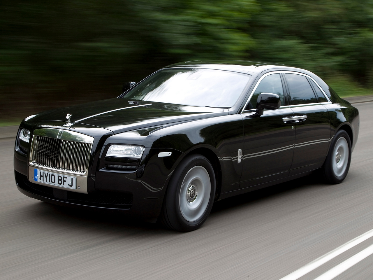 rolls royce ghost 23 free hd car wallpaper. Black Bedroom Furniture Sets. Home Design Ideas