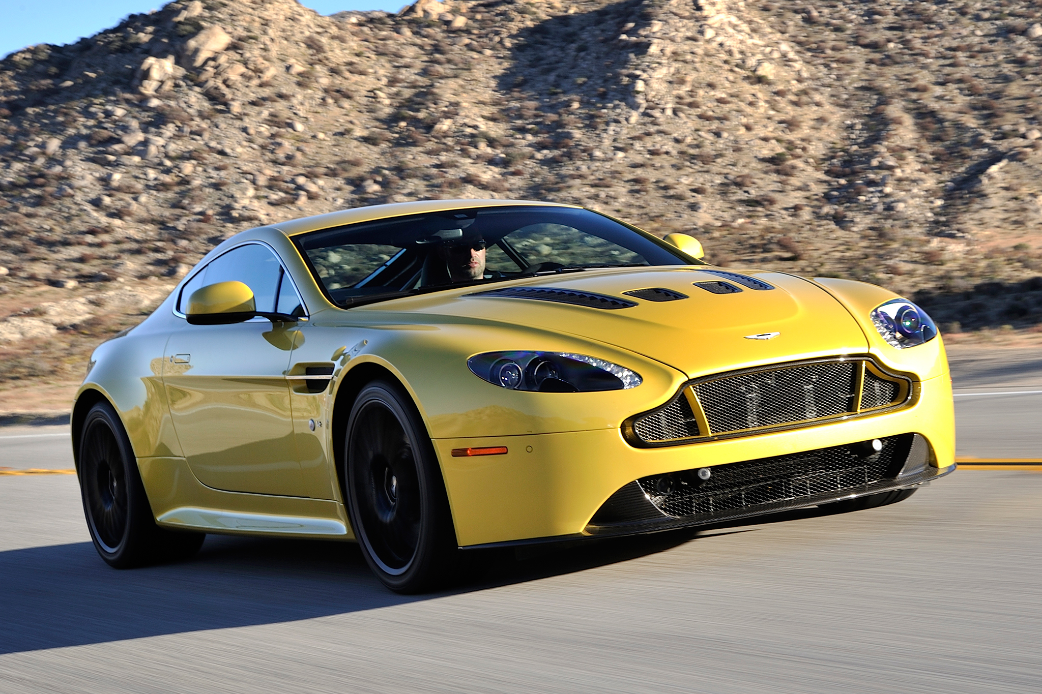 aston martin cars price list 3 free car wallpaper. Black Bedroom Furniture Sets. Home Design Ideas