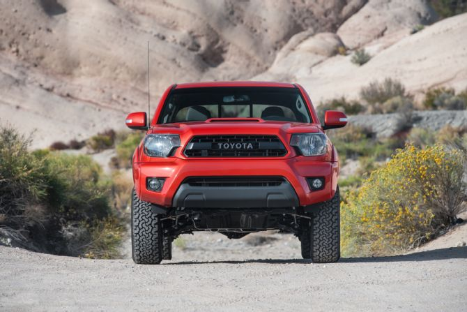 Nissan Frontier Vs Toyota Tacoma 38 Car Background