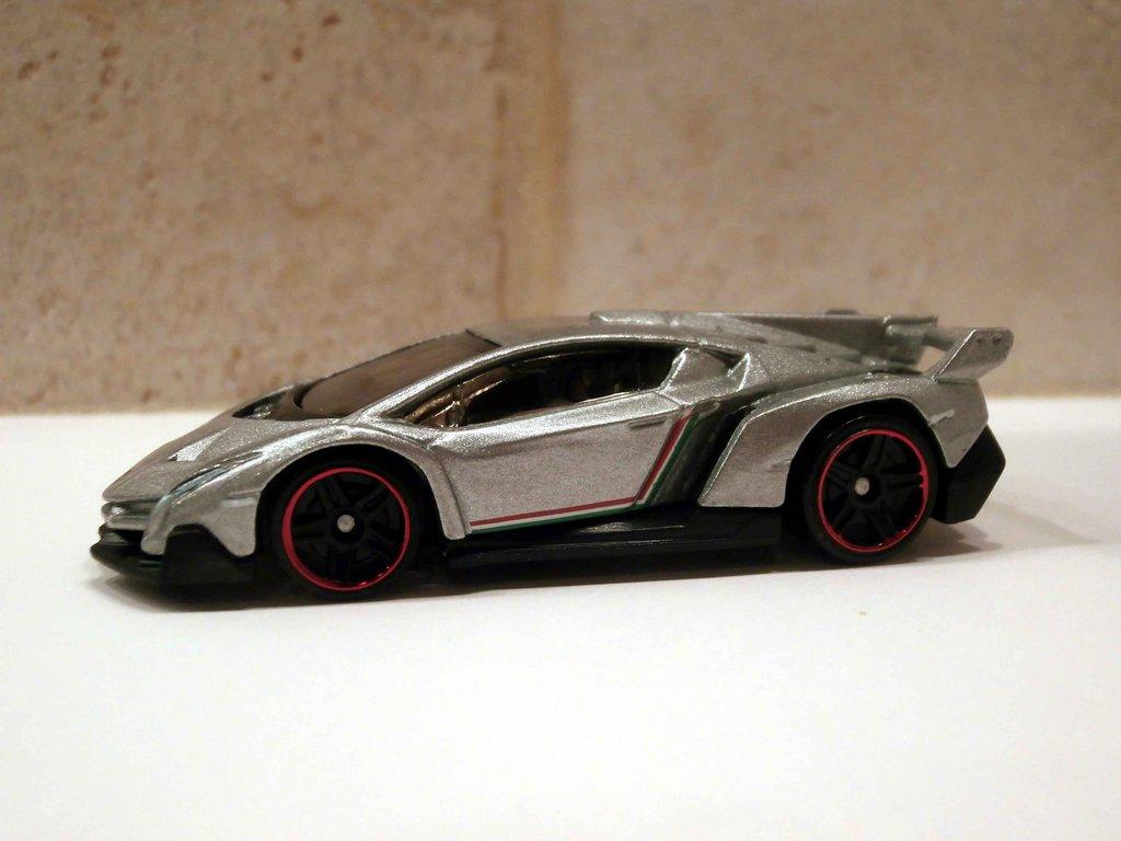 Lamborghini Hot Wheels 26 Widescreen Car Wallpaper