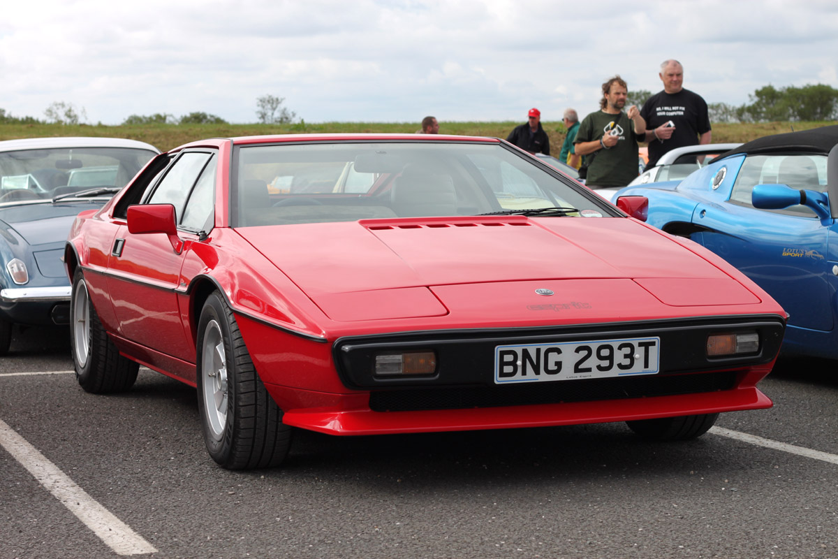 Lotus Esprit 60 Free Hd Car Wallpaper