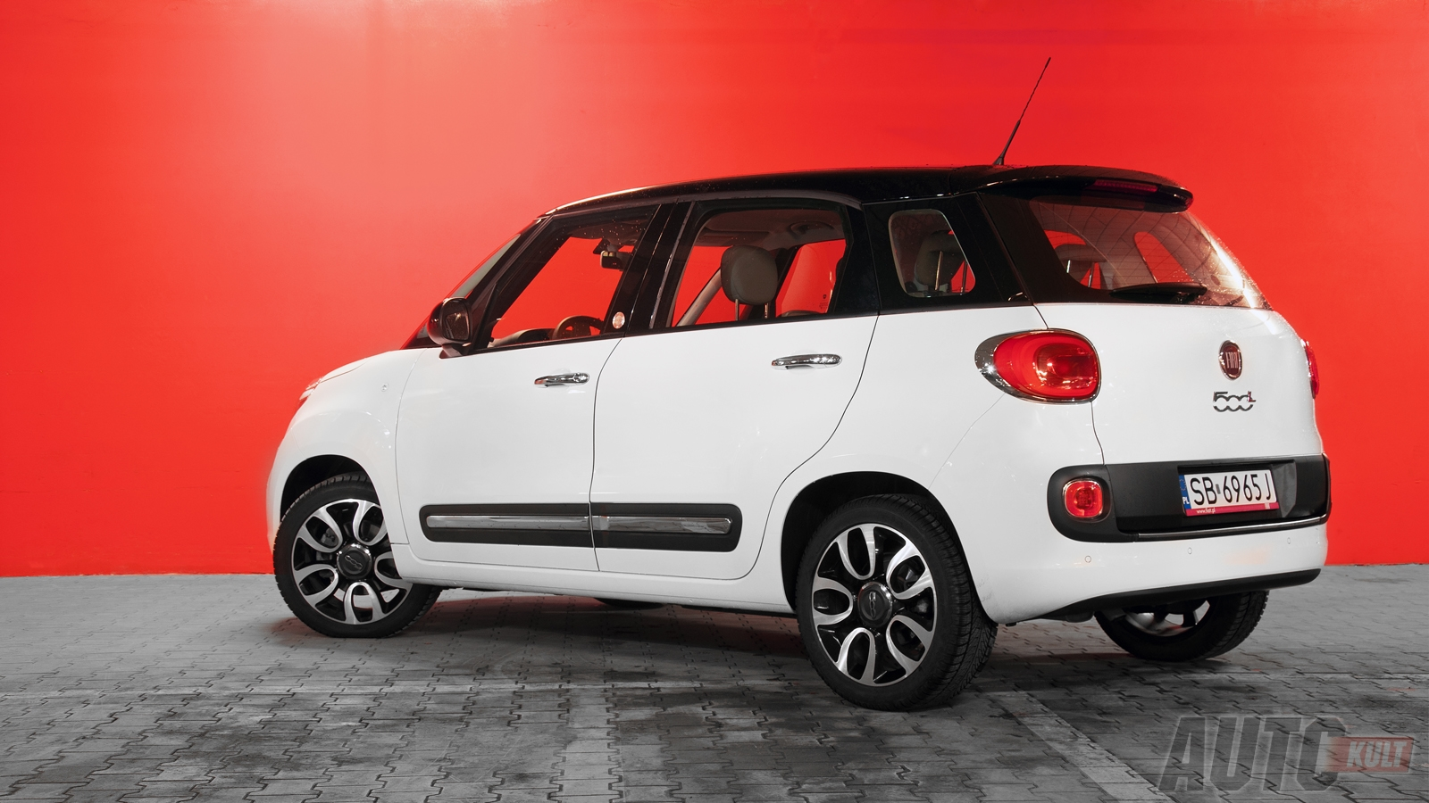 problems with fiat 500 2013 19 car desktop background. Black Bedroom Furniture Sets. Home Design Ideas