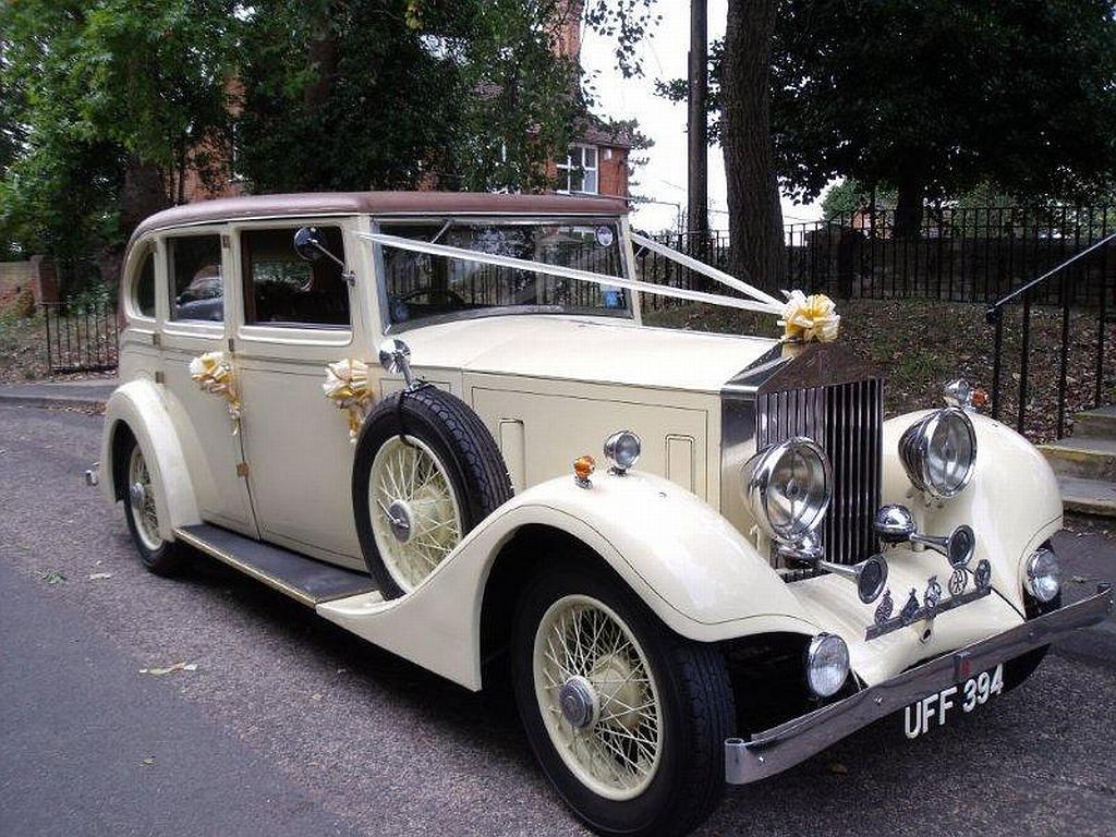Old Rolls-Royce 29 Wide Car Wallpaper