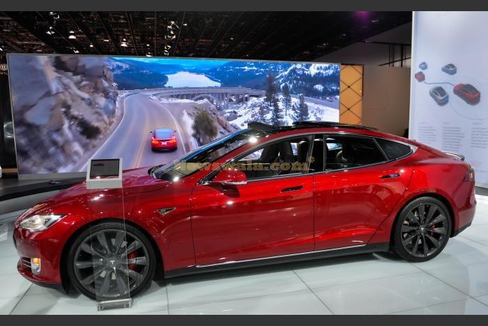 Tesla Automatic Car Display 36 Car Desktop Wallpaper