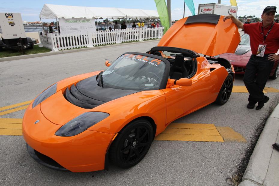 Tesla Private Cars 20 Desktop Background